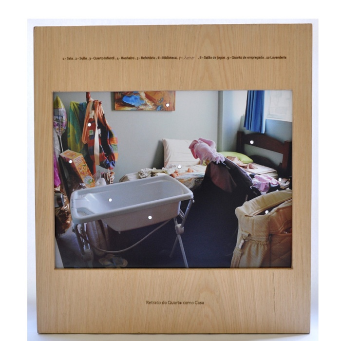 Portrait-of-a-room-island-_Retrato-do-Quarto-como-Casa-2